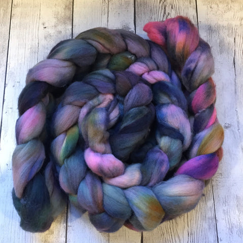 ENGLISH GARDENS - Polwarth Wool Top -  4.2 oz (1120)