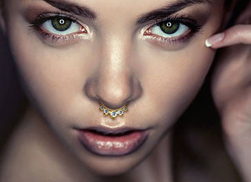 14Kt Solid White Gold - Five CZ Gem Septum Clicker