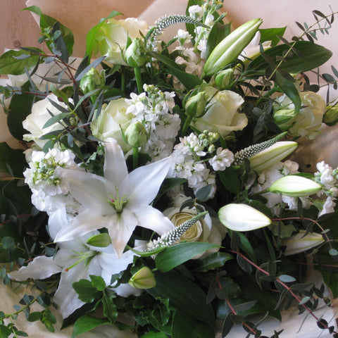 Lily and rose bouquet in white