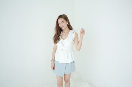 UQMADE JOYE VEST TOP WHITE