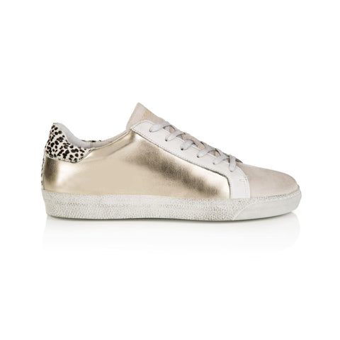 CRU: GOLD METALLIC TRAINERS