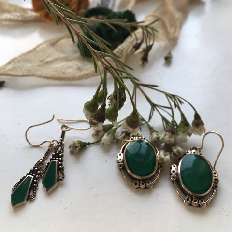 chatra earrings emerald