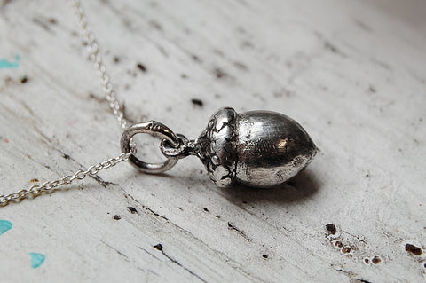 acorn silver pendant necklace