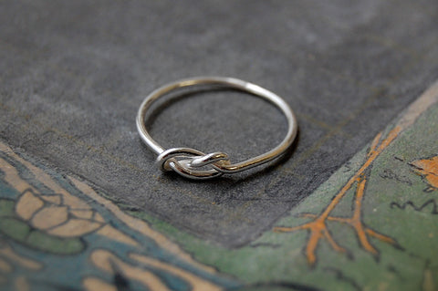 'infinity knot' ring (925 silver)