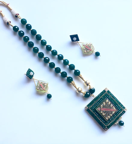 grand handmade agate set with square tanjore pendant