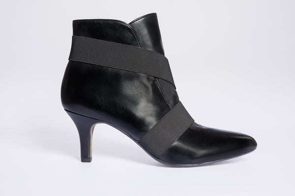 SW19005 Elastic Straps Leather Ankle Boots - Sam Star shoes