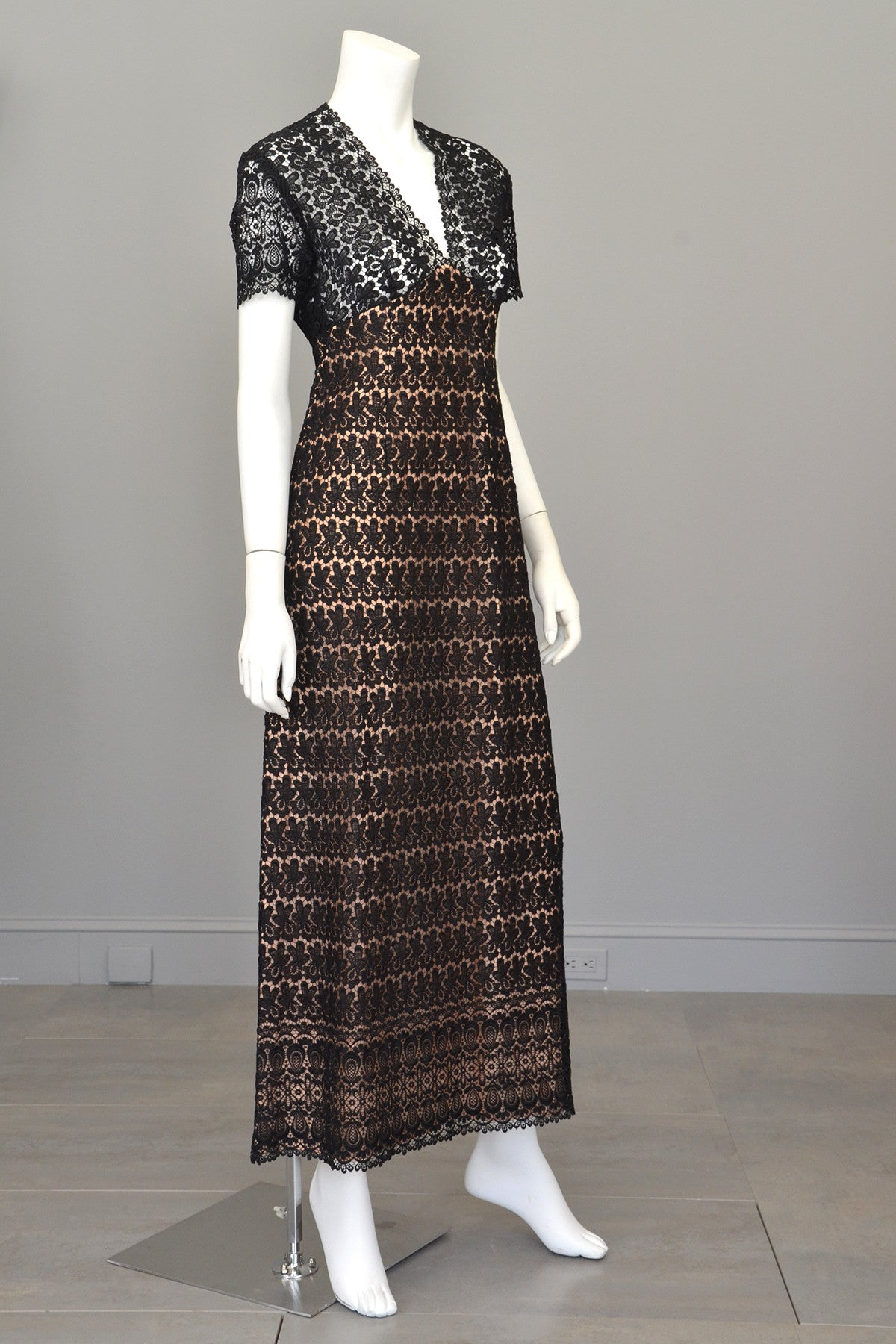 1960s 70s Black Illusion Lace Vintage Babydoll Maxi Dress Gown with Keyhole Back