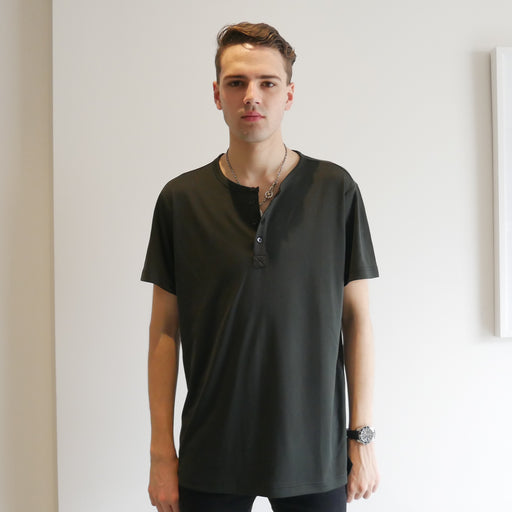Dumont - Black Short Sleeve Henley - Threadsmiths