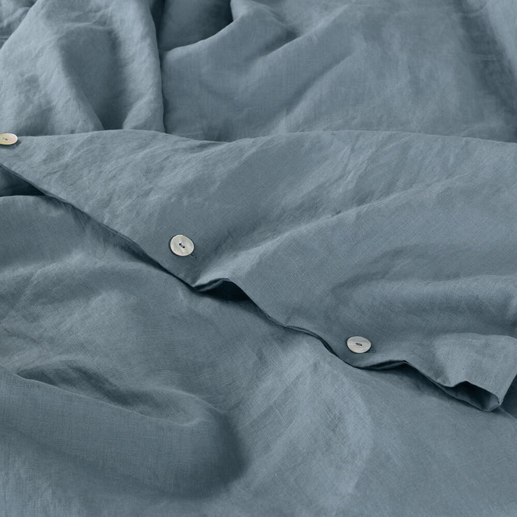 Mother of Pearls button closure on Duvet Cover French Blue