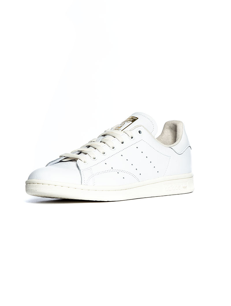 STAN SMITH IN WHITE