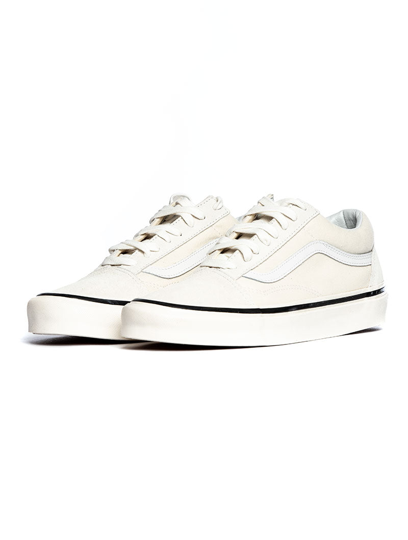 UA OLD SKOOL 36 DX IN CREAM