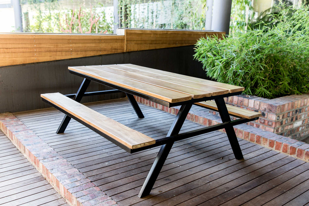 Picnic Bench - 8 seater
