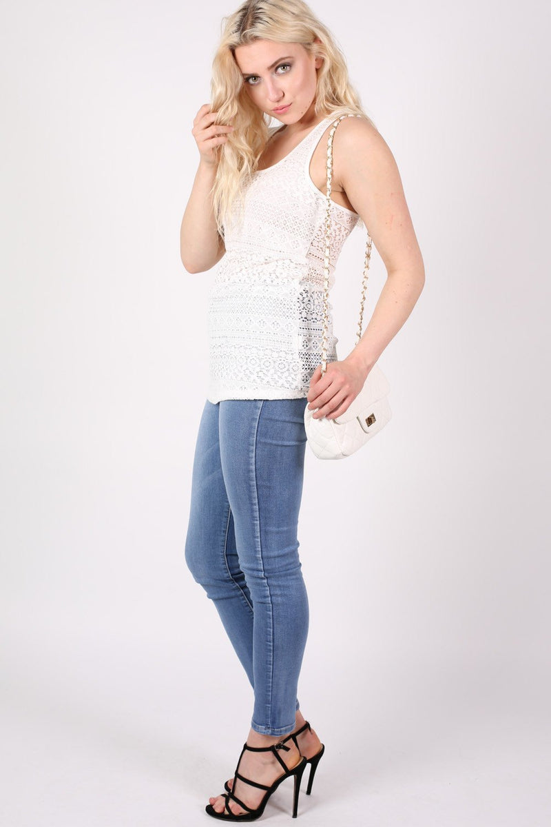 Sleeveless Crochet Top in Cream MODEL SIDE 2