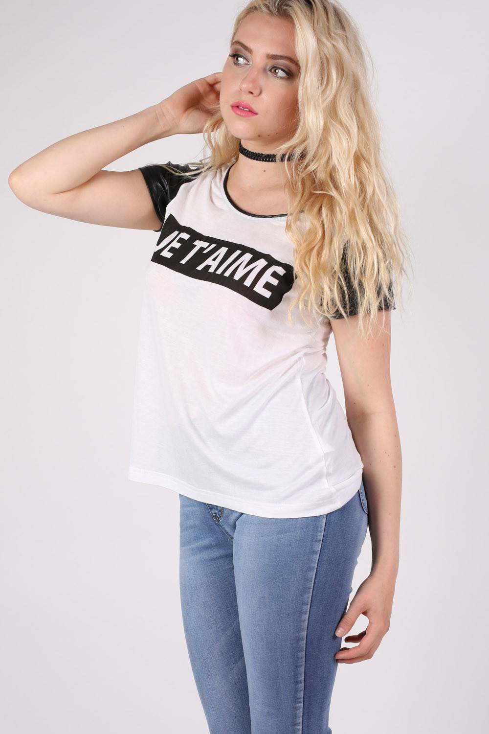 'Je T'aime' Print Contrast PU Sleeve T-Shirt in White MODEL SIDE