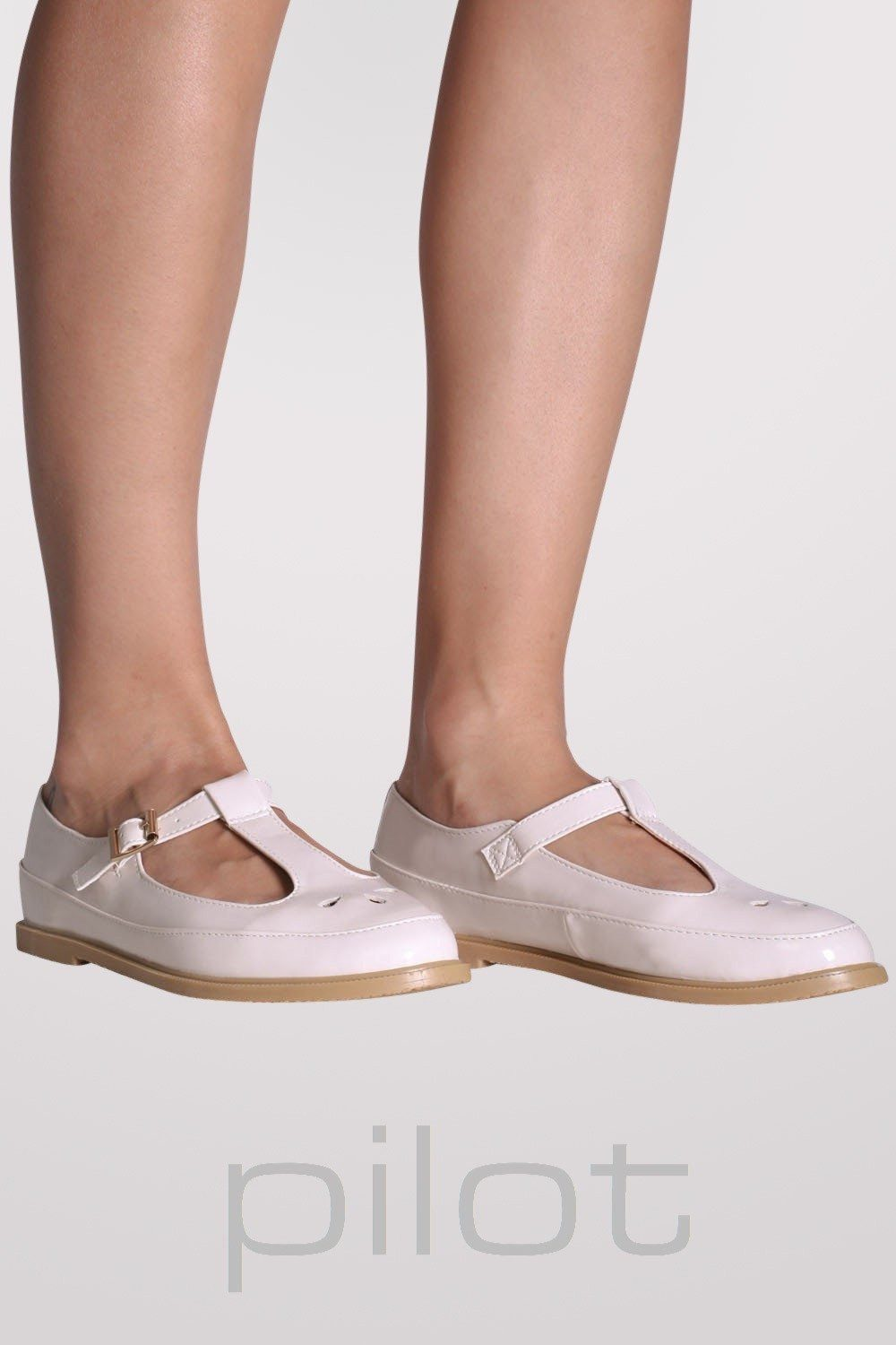 Flat Mary Jane Shoes in Nude 0
