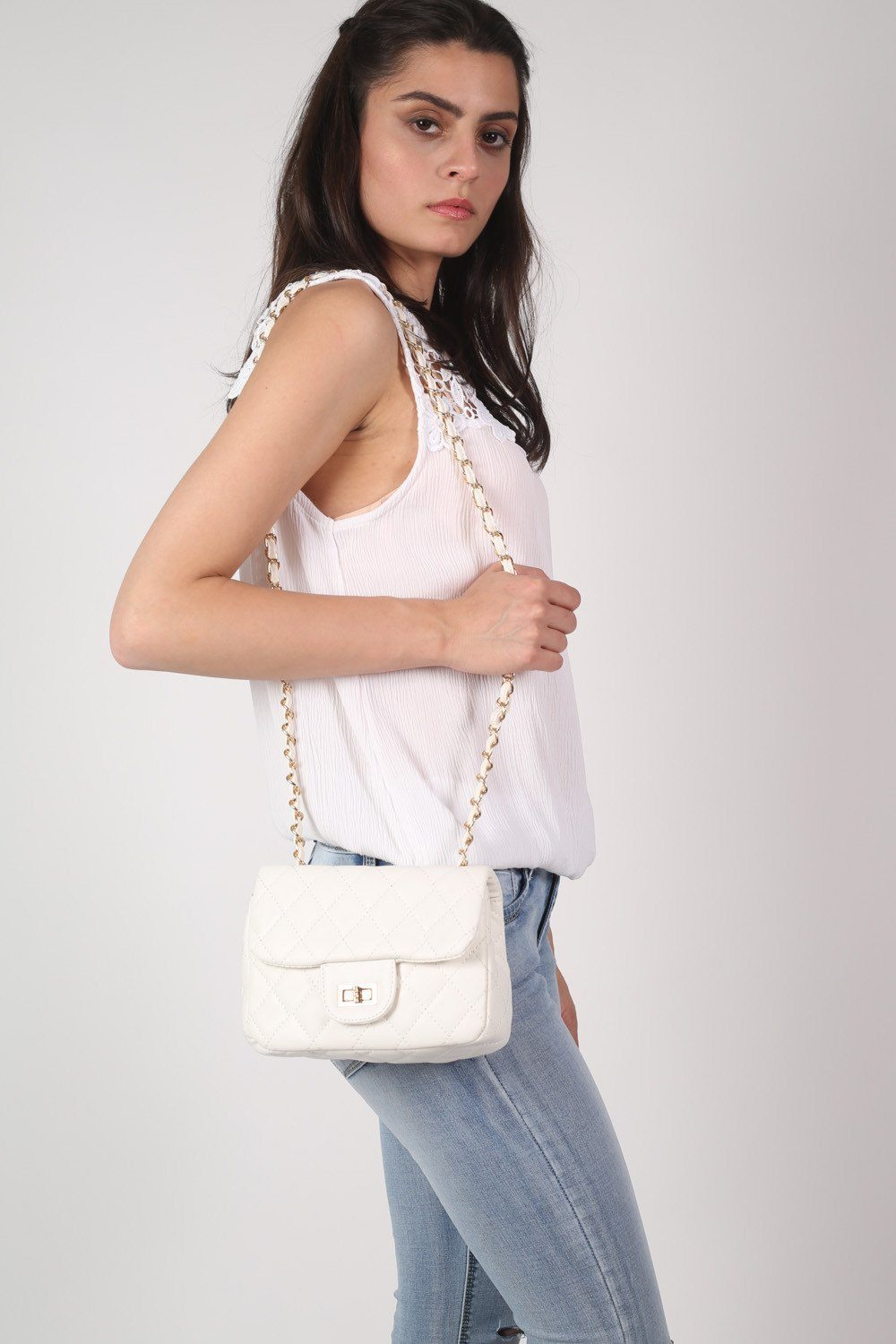 Quilted Cross Body Bag in White 0