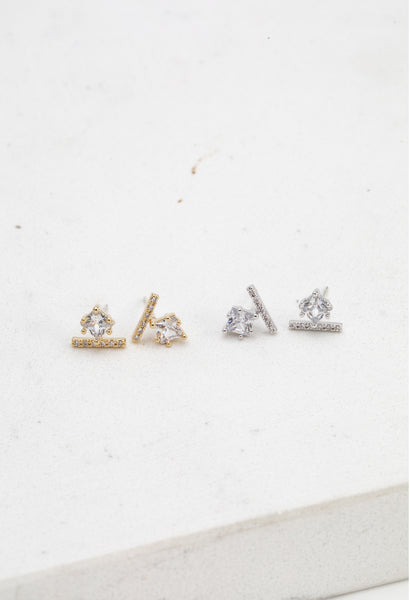 Vale Stud Earrings