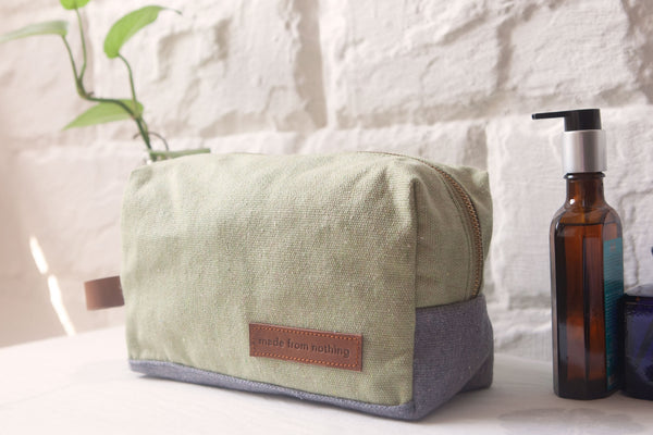 Toiletry Kit / Muddled Mint