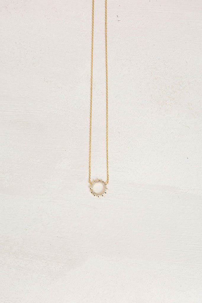 Sherrie Crystal Halo Dainty Necklace Necklaces FAME Crystal