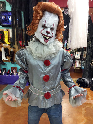 Pennywise The Clown Costume and Mask