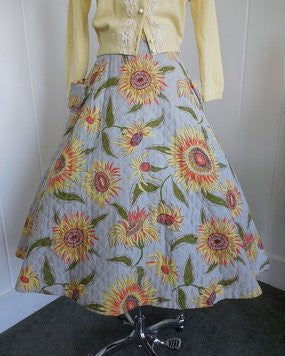 1950's Vintage Quilted Gray Circle Skirt with Sunflowers