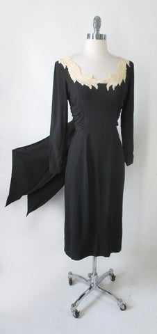 Vintage 50's Eisenberg Original Vintage Black Crepe & Lace Evening Cocktail Dress S