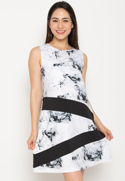 Lillie Marbled Nursing Dress