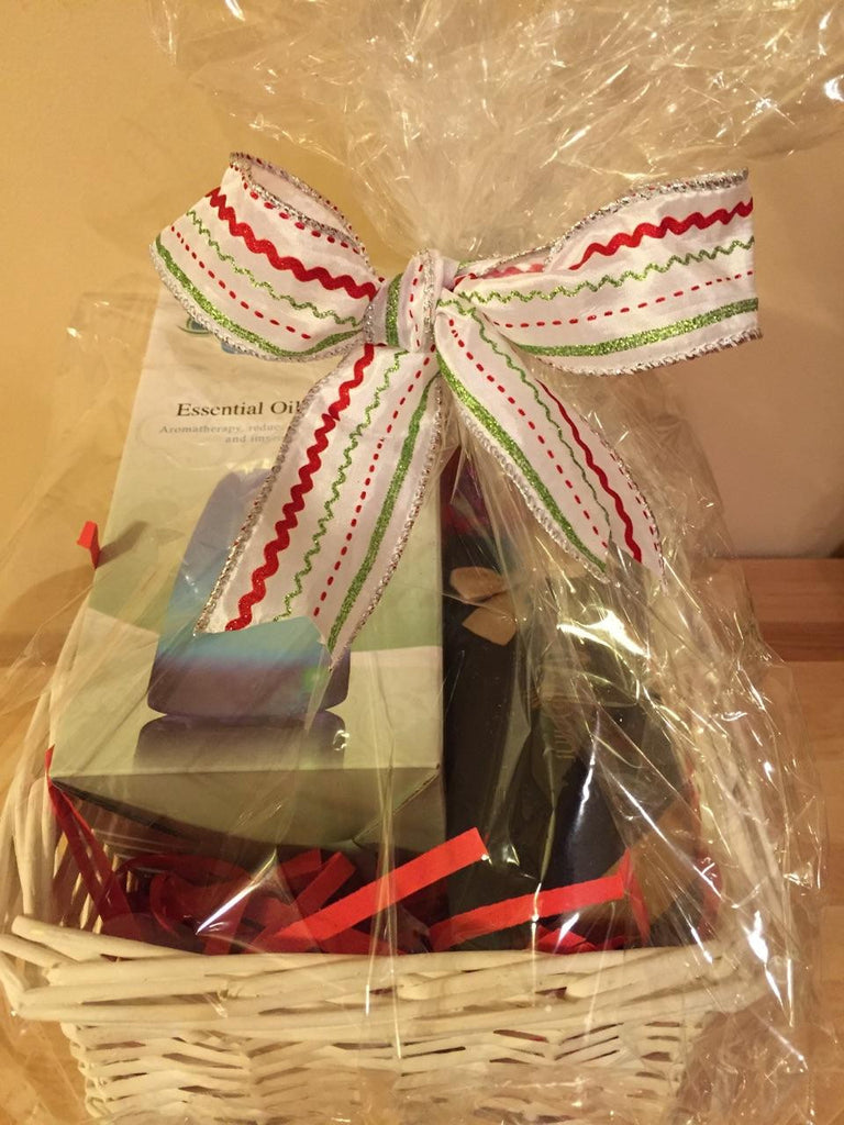 Holiday Gift Basket - Daisy & Oil Set