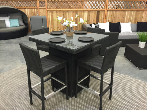 The Bar Table (bistro set) w 4 chairs