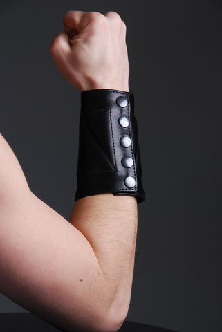 Gauntlet Wristband Padded Design
