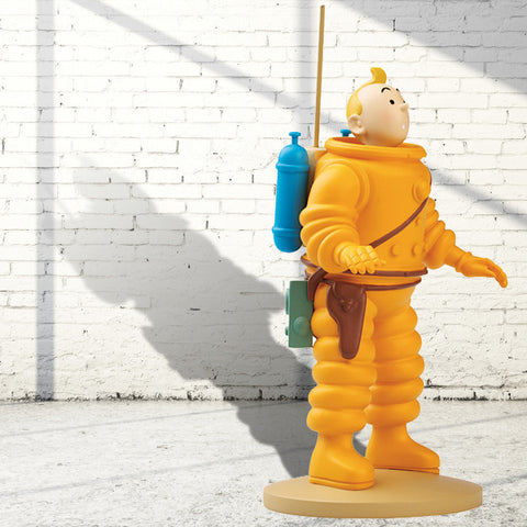 Destination Moon - Astronaut Tintin - PRICE INCLUDES UK POSTAGE
