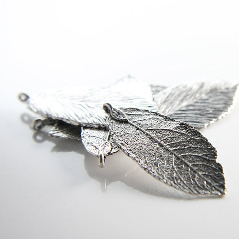 Base Metal Charms - Leaf 48x19mm (26363Y)