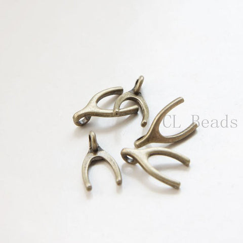 Base Metal Charms-Wish Bone 15x9mm (19056Y)