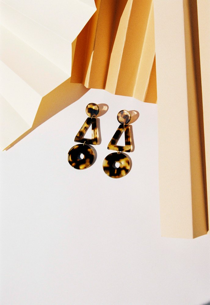 APRES SKI LIS EARRINGS - Cloak and Dagger NYC