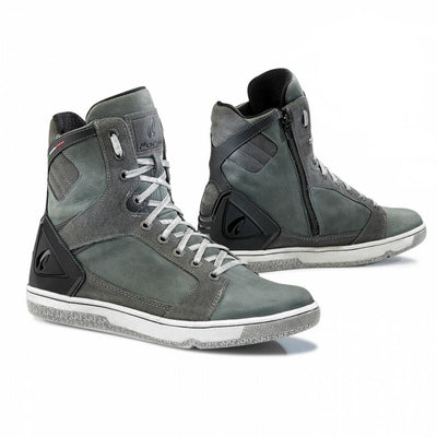 Forma Hyper motorcycle boots anthracite grey