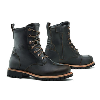 Forma Legacy motorcycle boots, brown urban city street