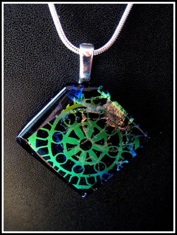 Imaginative Creations Bailed Pendant #14a Memorable Glass Jewelry