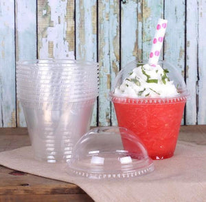 Clear Plastic Cups with Lids: 9oz | www.bakerspartyshop.com