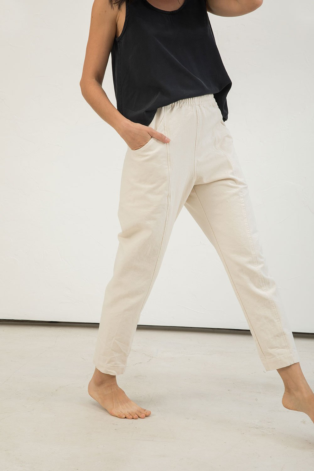 Clyde Work Pant in Cotton Canvas Natural - Lisa-4 Regular