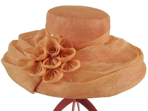 Elizabeth - Hat Hire