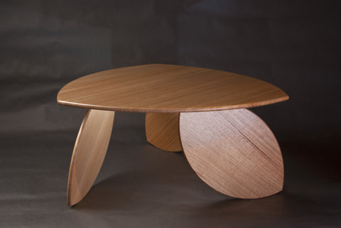 Leaning Leaf Table by Duncan Meerding
