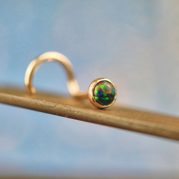 Black Opal Gold Nose Stud