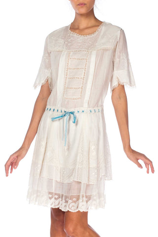 1920s Cotton Embroidered Dress With Lace And Ribbon At Waist