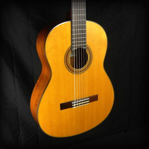 Yamaha CG162S Spruce Top Nylon String Classical