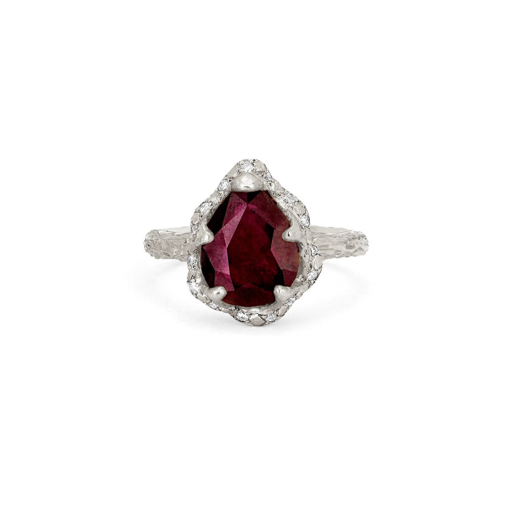 Baby Queen Water Drop Ruby Ring with Sprinkled Diamonds Baby Queen Water Drop Ruby Ring with Sprinkled Diamonds