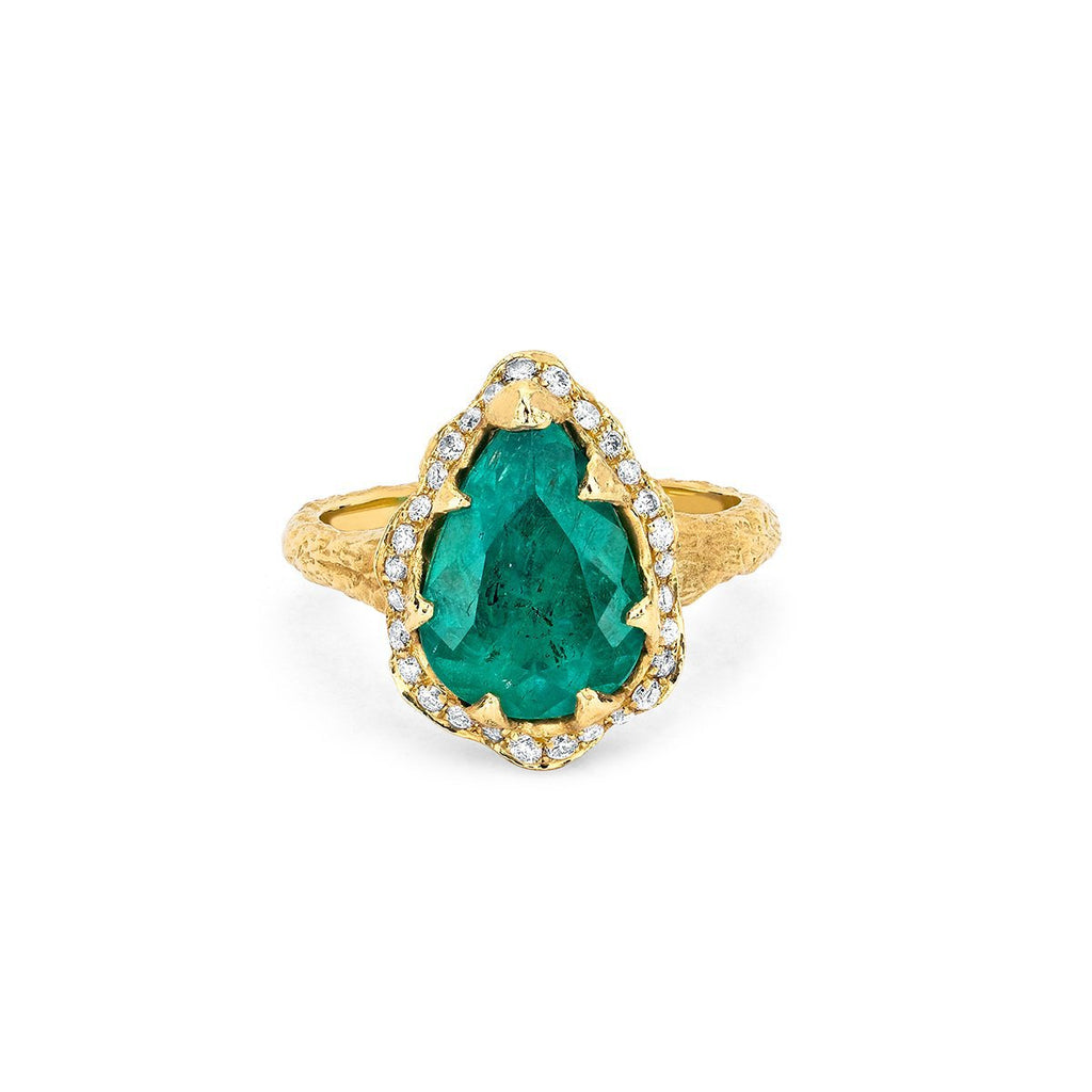 Premium Water Drop Colombian Emerald Queen Ring with Full Pavé Halo Yellow Gold