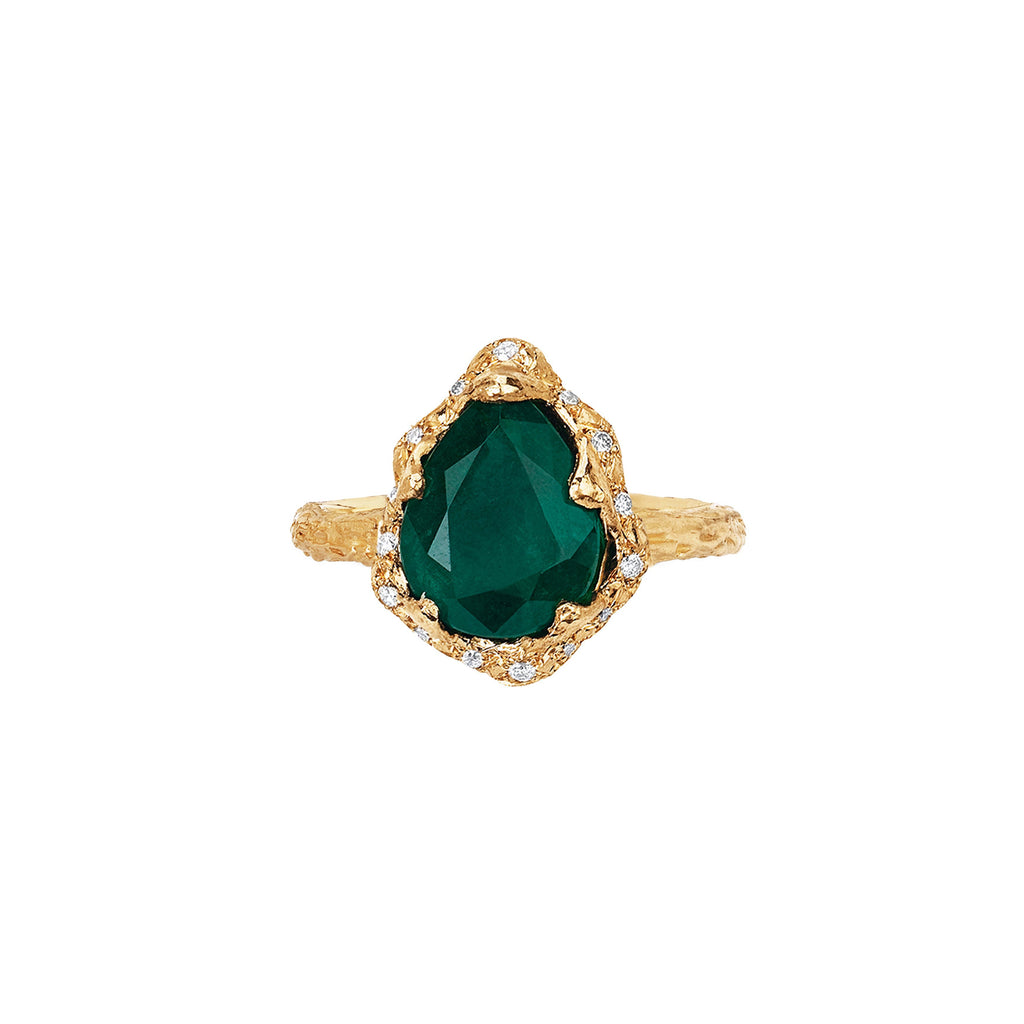 Baby Queen Water Drop Emerald Ring with Sprinkled Diamonds Yellow Gold
