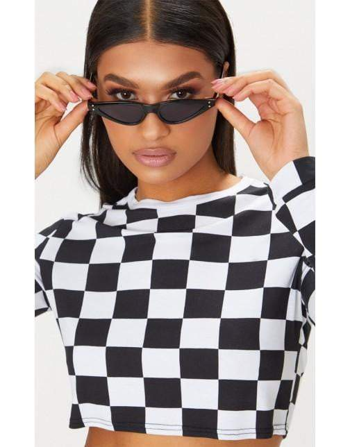 Black Feminine Cat-Eye sunglasses