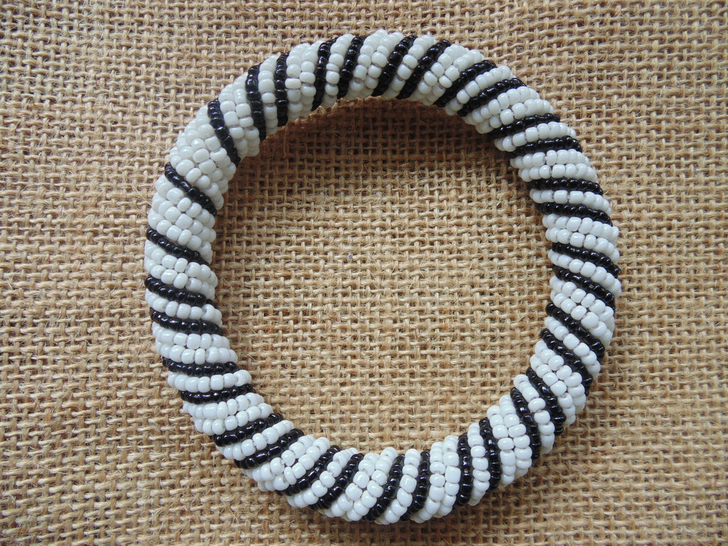 Beaded Bangle-Black and White 2