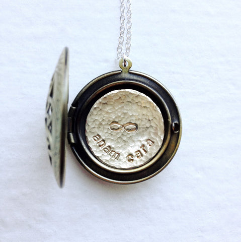 "Best Friends Locket Necklace - Anam Cara Necklace - ""Soul Friend"" Gift"